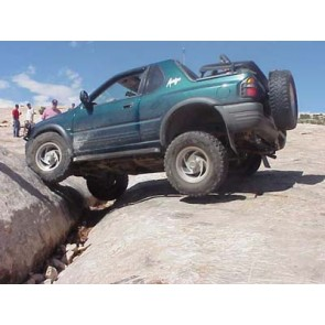 "96 and Earlier, 1.25"" Isuzu Amigo Lift Kit (leaf spring)"